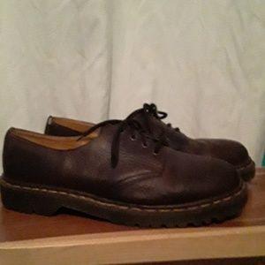 Dr. Martens Brown Cavendish Shoes